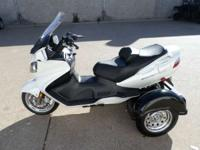 2006 Suzuki BURGMAN 650 VERY NICE WELL MAINTAINED AND