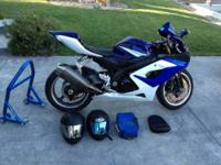 2006 Suzuki GSXR 1000 Sportbike 7,843 miles and in mint