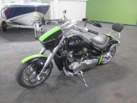 NICE 2006 SUZUKI M109R BOULEVARD WITH ONLY 5,120 MILES