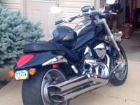 For sale by owner 2006 suzuki muscle cruiser !