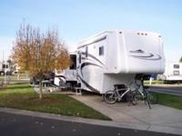 2006 Teton Experience Liberty, 16ft Kitchen & &