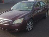 ABS brakes, Air Conditioning, Alloy wheels, AM/FM