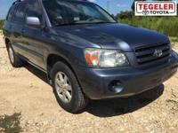Blue 2006 Toyota Highlander FWD 5-Speed Automatic with