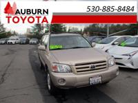 ONE OWNER, MOON ROOF, AWD! This 2006 Toyota Highlander