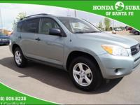 4-WHEEL-DRIVE! ONE OWNER TRADE! PERFECT CARFAX HISTORY!