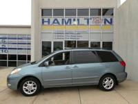 *This 2006 Toyota Sienna *Please let us help you with