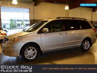Exterior Color: silver shadow pearl, Body: Minivan,