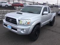 4DR. Access Cab. 4.0 Liter V6. 6 Speed Manual. 4x4! TRD