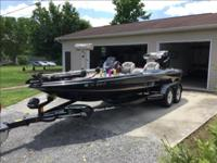 2006 Triton 225D73F in excellent condition. Has a