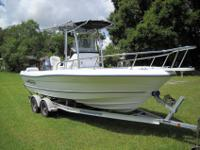 2006 TRIUMPH 215 Center Console with 2006 YAMAHA 150 hp