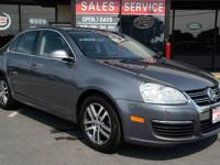 2006 Volkswagen Jetta TDI! WE FINANCE -Sunroof! Heated