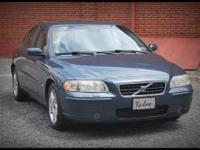 This Volvo has got it all!! Sunroof, Automatic Seats,