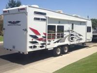 2006 WEEKEND WARRIOR FSC 2800 TOYHAULER BILLET EDITION.