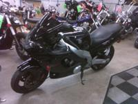 2006 YZF 600R Is in great shape and ready for the new