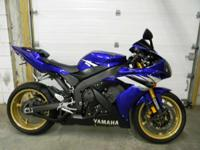 2006 Yamaha YZF-R1 BLUE ONLY 9930 MILES RUNS AND DRIVES