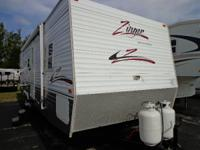 2005 30 FT ZINGER / SINGLE SLIDE / BUNKHOUSE