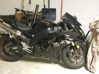 2006 ZX-10 FOR 5500 WITH CLEAN TITLE AND ONLY 11000