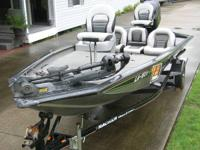 2006 Bass Tracker Pro Team 190 TX,  90hp mercury