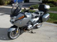 I AM SELLING MY 2006 R1200RT MOTORCYCLE. BIKE IS IN
