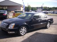 2006 Cadillac DTS, V8, absolute perfect car, runs 100%,