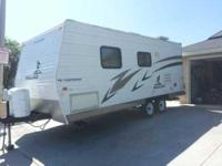 2006 Fleetwood Mallard . This 19 Foot Travel Trailer