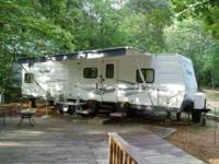 2006 Fleetwood Pioneer Considered to be fully self