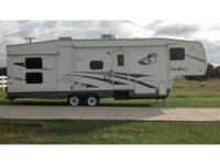 RV Type: Fifth Wheel Year: 2006 Make: Forest River