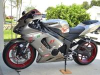 Here is a gorgeous 2006 Ninja ZX6R 636 model with only