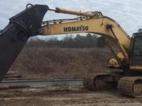 2006 KOMATSU PC300, Exterior: Yellow, Interior: Black,