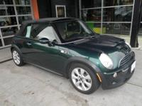EPA 32 MPG Hwy/25 MPG City! CARFAX 1-Owner, ONLY 57,370