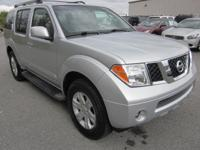 Pathfinder LE, 4WD, All New Tires, Clean Carfax, and