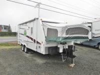 2006 Starcraft Antigua Hybrid trailer with big