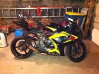 Stock bike (other to the carbon fiber yoshimura