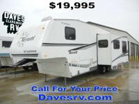 2006 Terry 2952BS BUNKHOUSE FIFTH WHEEL w/SOFA DINETTE