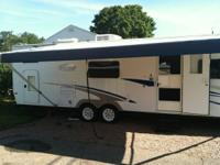 For sale: a 2006 Trail-Lite by R-Vision,
