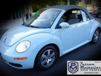 2006 Volkswagen New Beetle 2.5 Convertible   5cyl PZEV,