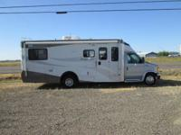 2006 Winnebago Aspect...B-Plus motorhome ... 26 ft.