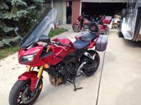 2006 Yamaha FZ1, 14,896 miles, adult owned and ridden.