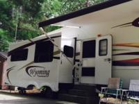 Stock Number: 726600. 2007 Wyoming by Coachmen, 37'