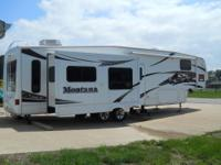 2007 37? Montana M-3400 RL with 4-Slides Options