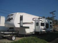 Type of RV: Fifth Wheel Toybox Year: 2007 Make: