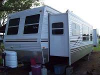 Type of RV: Travel Trailer Year: 2007 Make: Palomino