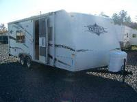 2007 Aerolite by Thor model 19FL This camper is 24'