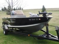 Single console open bow,115 hp Yamaha 4 stroke engine,