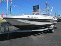 2007 Bayliner 197 2007 Bayliner 197 Deck Boat, 3.0L