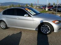 328i trim. FUEL EFFICIENT 29 MPG Hwy/20 MPG City!
