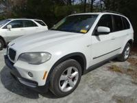 Come see this 2007 BMW X5 3.0si. Its Automatic