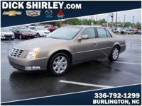 Exterior Color: bronze, Body: Sedan, Engine: 4.6L V8