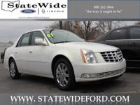 Exterior Color: white gold, Body: Sedan, Fuel: