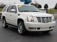 This 2007 Cadillac Escalade in White Diamond features.
